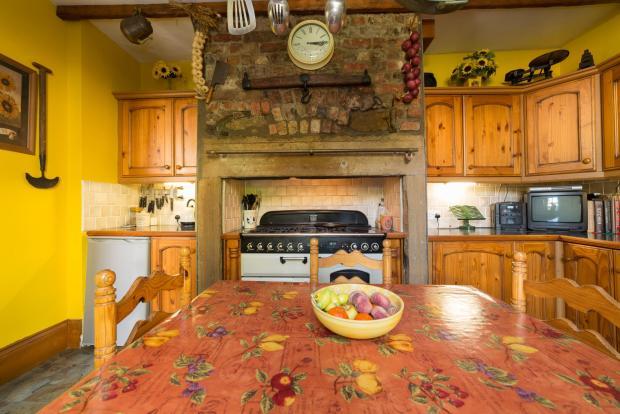 Breakfasting Kitchen