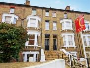 Flat for sale in Grange Park, Ealing