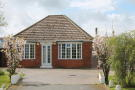 3 bed Detached Bungalow in Welwick Road, Patrington...