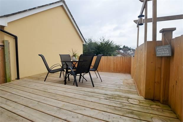 TIMBER DECKED PATIO AREA