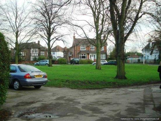 11, Dann Place - Wilford Village Green