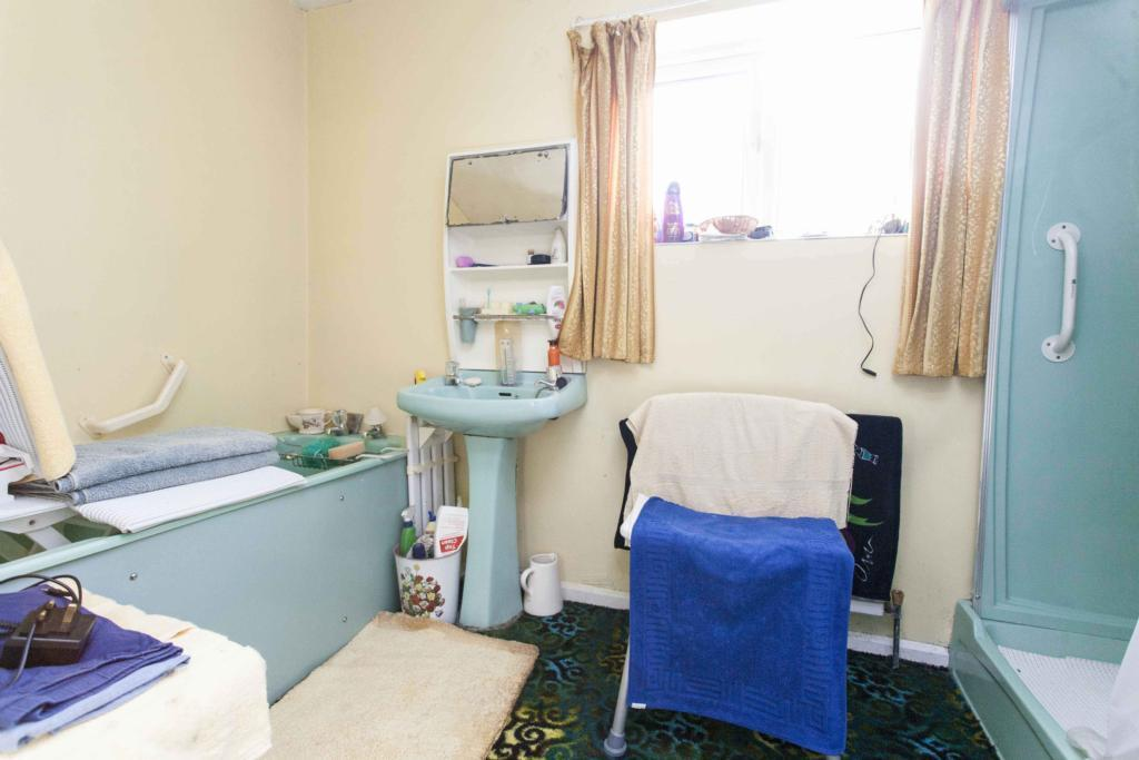 beige blue bathroom design ideas photos amp inspiration beige blue family bathroom design ideas photos