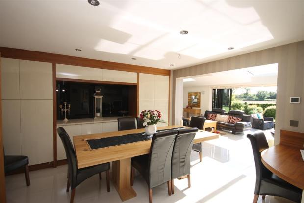 Open Plan Dining/Kitchen