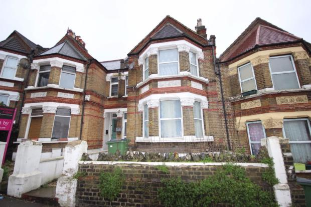 2 Bedroom Flat To Rent In Griffin Road Plumstead London Se18 Se18