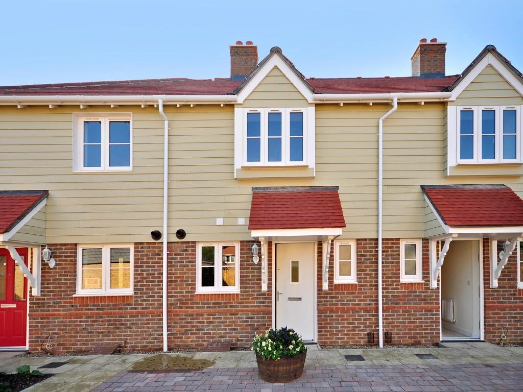 2 bedroom house for sale in parisfield headcorn road for The headcorn minimalist house kent