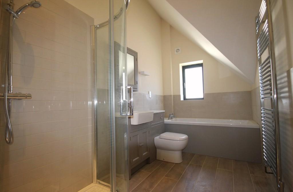Bathroom - Plot 2