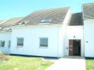 Ground Flat to rent in Isallt Lodge...