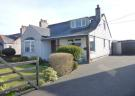 4 bed Detached Bungalow in Lower Rhostrehwfa