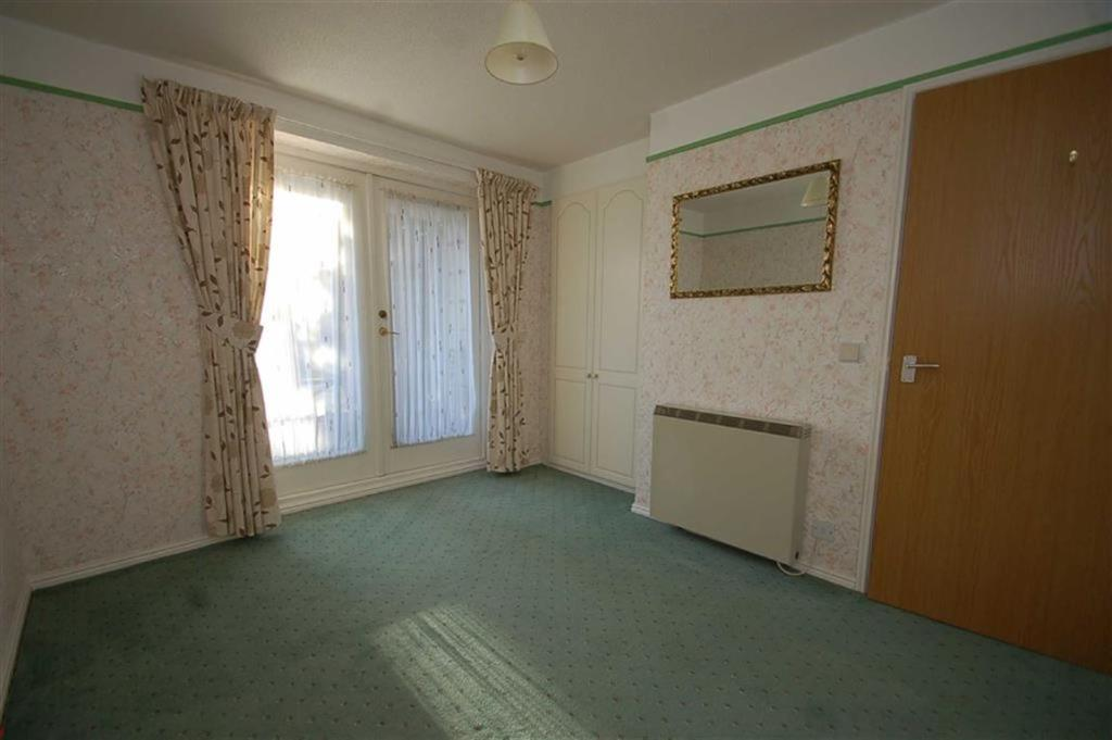Bedroom (with Balcon