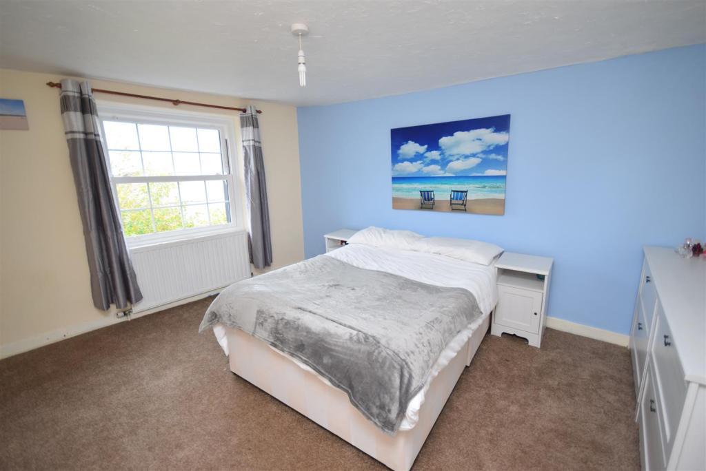 Double bedroom bette