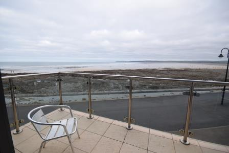 Balcony sea view - C