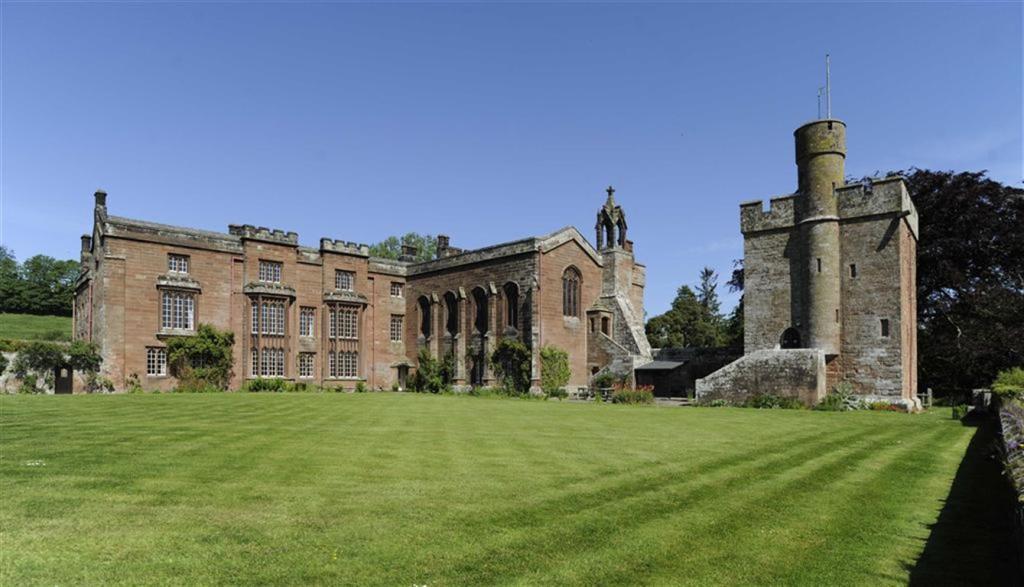 16 bedroom castle for sale in carlisle ca5
