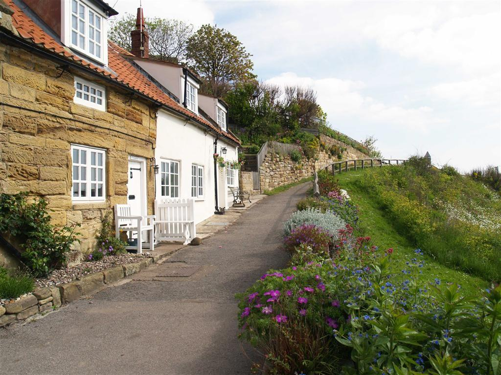 3 Bedroom Cottage For Sale In The Valley Sandsend North
