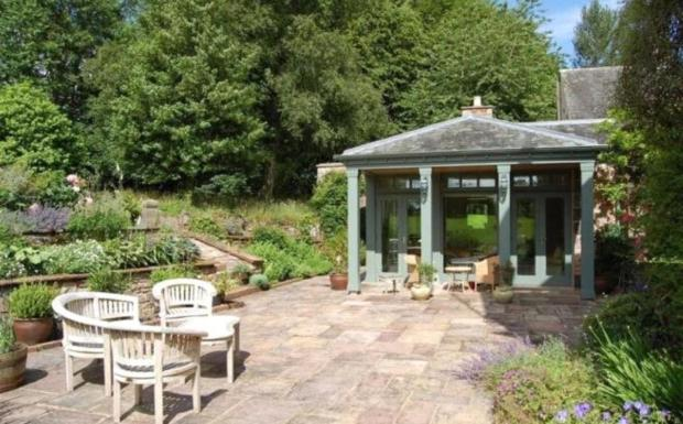 Patio & Garden Room