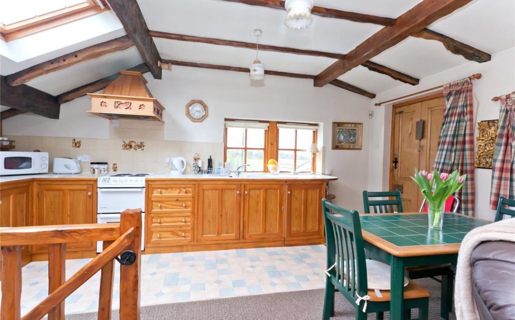 Kitchen Annexe