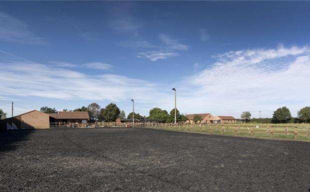 Equine Yard & Arena