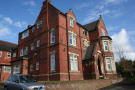 Studio flat to rent in East Road, Bromsgrove...
