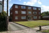 2 bedroom Flat in Steel Road, Northfield...