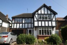 4 bedroom Detached property to rent in The Glade...
