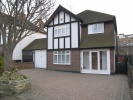 4 bed Detached home to rent in Fairlands Avenue...