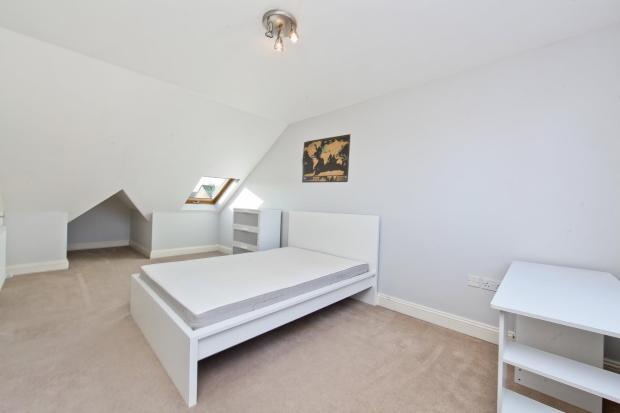Master Bedroom alt.angle