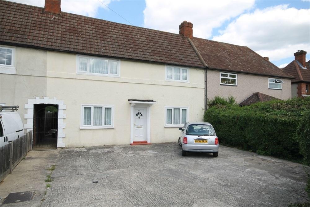3 Bedroom Terraced House For Sale In Culvers Way Carshalton Surrey Sm5
