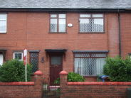 Terraced house in Lacrosse Ave...