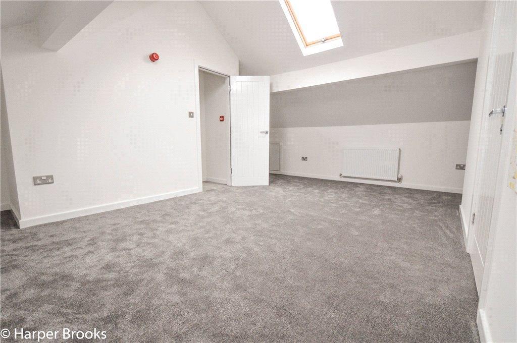 Bedroom 2 - 3rd Flr