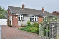 3 bed Semi-Detached Bungalow for sale in Rayden Crescent...
