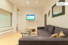 2 bedroom Apartment in Cheshire Street, London...