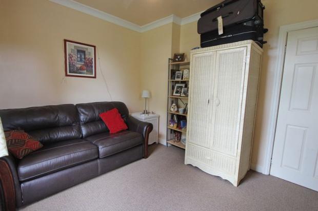 Bedroom 2/Sitt...