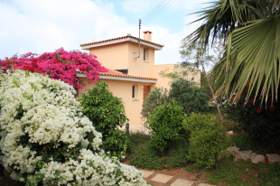 2 bed new home for sale in Paphos, Chlorakas