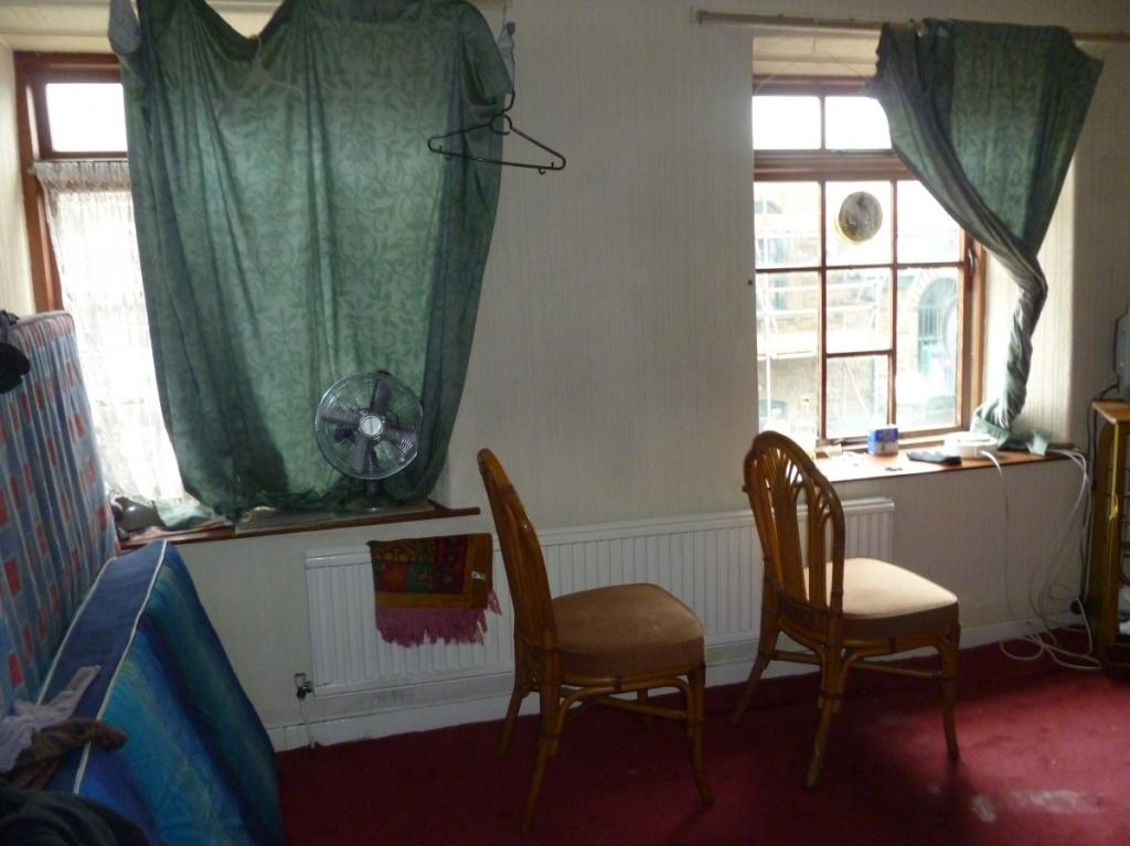 2 bedroom terraced house for sale in High Street, Ferndale ...