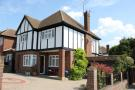 3 bed Detached home in Southgate, London, N14