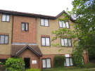 Flat to rent in Enfield, EN3
