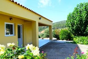 Detached Bungalow for sale in Crete, Chania, Kolimbari