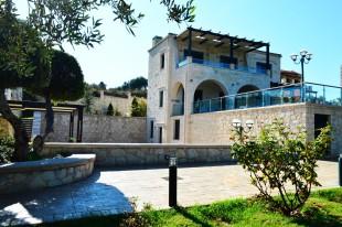 Villa for sale in Crete, Chania, Kera