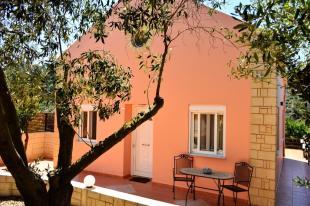 Detached Villa in Loutraki, Chania, Crete
