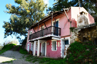 Character Property for sale in Crete, Chania...