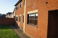 2 bed Terraced property in Tollgate Court...