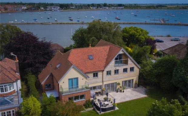 5 bedroom detached house for sale in bath road emsworth
