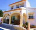 The villa & naya