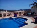 Pool & views!