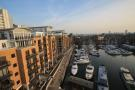 Flat to rent in Swan Court, Wapping