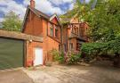5 bed property in Ambleside Avenue...