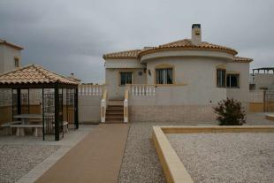 5 bedroom Villa in Castalla International...