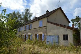 5 bedroom home in La Comelle, Bourgogne...