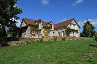 7 bed house for sale in Chiddes, Bourgogne...