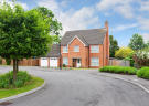 6 bed Detached house to rent in Reed Drive, Redhill