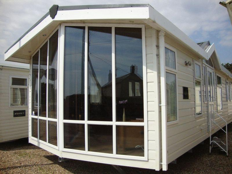 3 bedroom mobile home for sale in flag hill colchester co7
